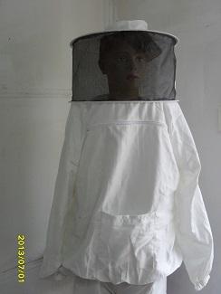 Пчеларско облекло и ръкавици